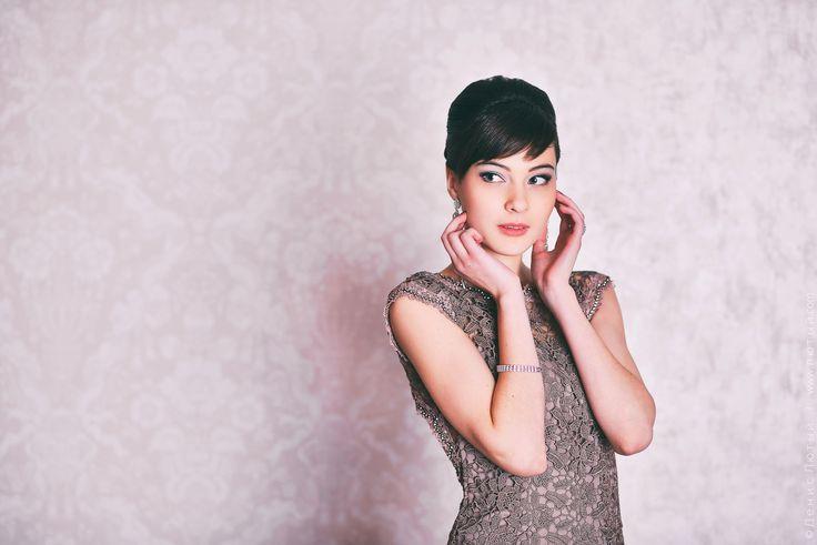 Studio Portrait of Alexandra by Denys Lyuty on 500px