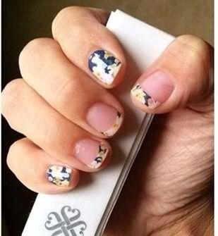 Twilight Blossoms Tip with Twilight Blossoms Jamberry Nail Wraps!  Going Going Gone!