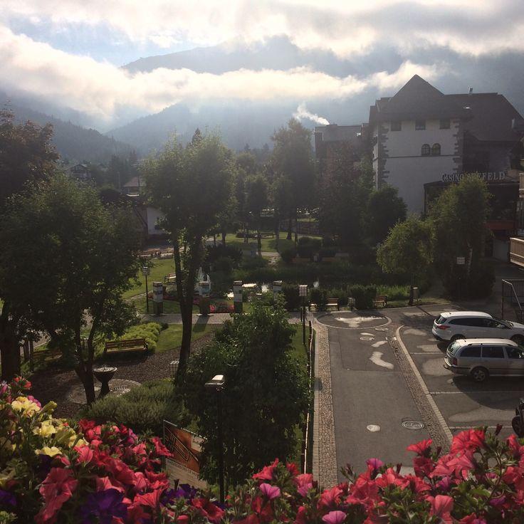 Utsikt fra terrassen i Seefeld i Tirol