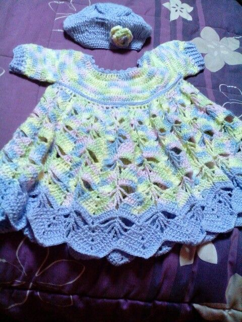 Vestido a crochet para niñas de 4 a 6 meses