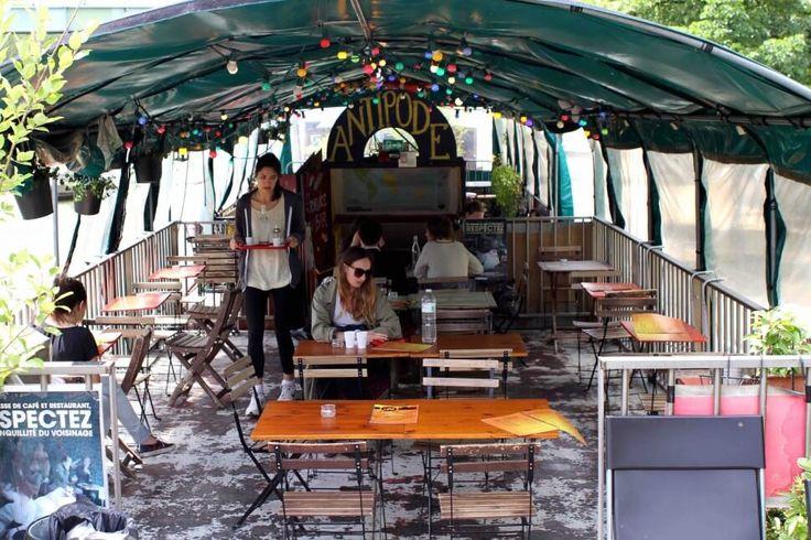 PENICHE ANTIPODE - péniche mignonne avec petits encas à manger en journée / ouverte jusqu'à 23h - 55 Quai de la Seine 75019 paris (metro Riquet / Jaurès) 06 69 09 55 10