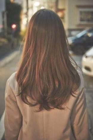 Resultado de imagem para long haircut female 2017