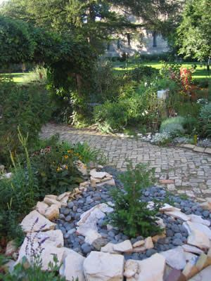 zen garden outdoor meditation area - Google Search