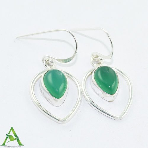 An #exquisite and #affordable Green #Onyx 925 Sterling Silver #Pendant Jewelry  for more, visit: http://www.akratijewelsinc.com