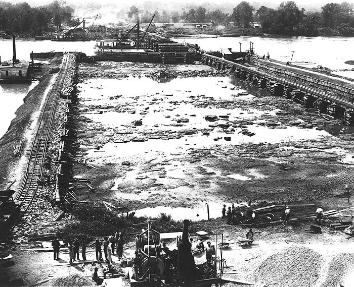 Wilson Dam construction, 1919, Muscle Shoals, Alabama