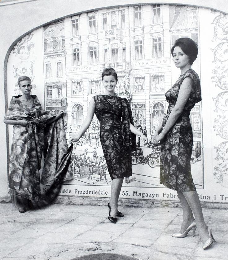 Tadeusz Rolke | MODA POLSKA, 1960 (ODB. Z LAT 90.) | fotografia czarno-biała, papier | 23.5 x 20.2 cm