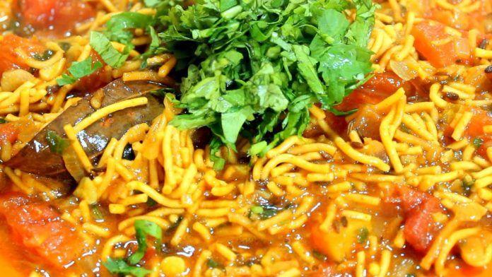 Gujarati Sev Tamatar Recipe