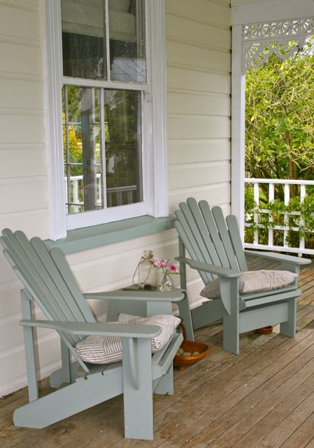 loving the relaxing blue chairs. Best 25  Front porch furniture ideas on Pinterest   Porch