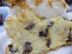 Delicious Old Fashioned Sour Cream Raisin Pie II