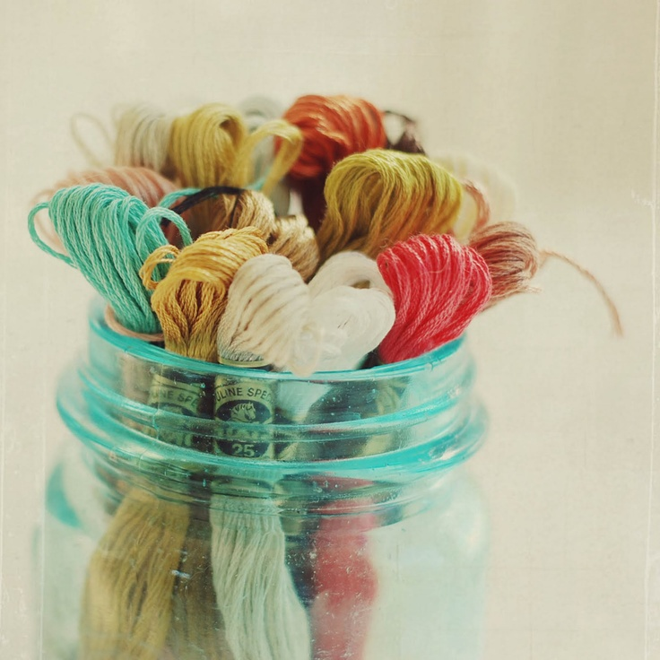 jar of thread.Ball Jars, Embroidery Floss, Kitchens Colors, Art Crafts, Embroidery Thread, Colors Palettes, Crafts Supplies, Colors Inspiration, Vintage Mason Jars