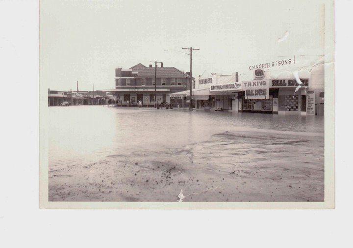 Byron Bay flooding 1974