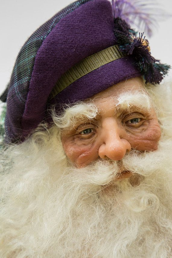 Purple Scottish Highlander Santa Doll OOAK by WaltCarterSantas  What beautiful face detail as well as gorgeous costuming!