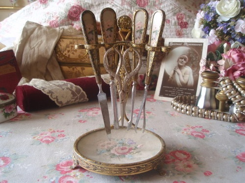 460 best vintage beauty salon pics products images on for Beauty parlour dressing table images