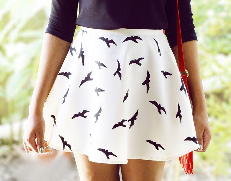 Opinando Moda: Meu Look: Saia com estampa de andorinhas (DIY)