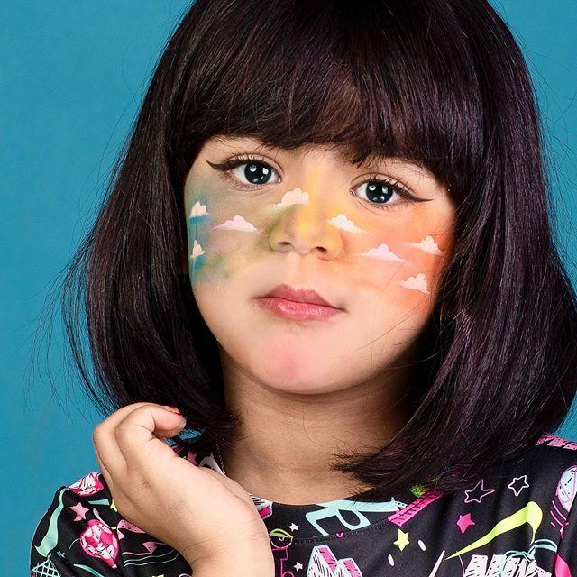 لون حياتك Carnival Face Paint Face Cute Dresses