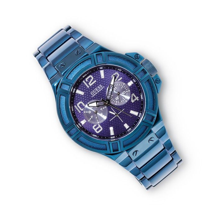 Guess Watch R3,095  *Prices Valid Until 25 Dec 2013