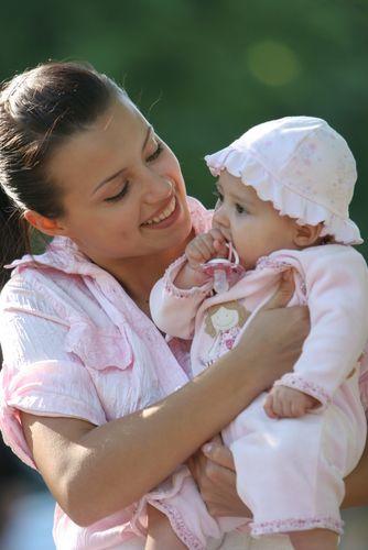 Babás causam atraso no desenvolvimento da criança?