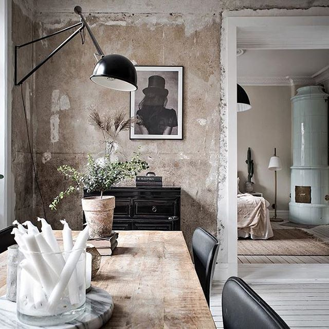 From olden times. Lovely livingroom inspiration via @bjurfors_goteborg. I really think that the #unrenderedwalls make all the difference and set it apart from all the other Scandinavian interiors I've seen in the past. I absolutely love the combination with the white window and door frames, the wooden floor and the mint #tiledstove. Also, since I've first seen this idea of storing #candles in a glass container/vase, I adopted it at home. If you haven't done it already, it's definitely the…