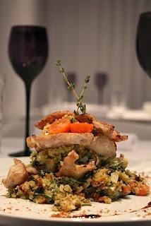 Secretos, de porco preto entremeado em migas soltas de grelos, tomate e bacon, Alentejo, Portugal