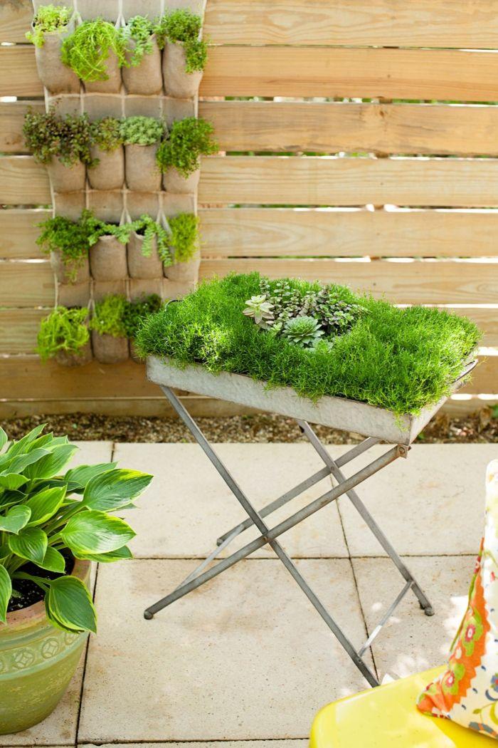 Ein Vertikaler Garten Selber Machen, Auch Ein Hochbeet Selber Machen, Garten  Gestalten Mit Wenig