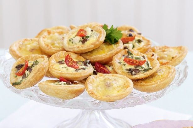These tasty little quiches make excellent finger food for Christmas…