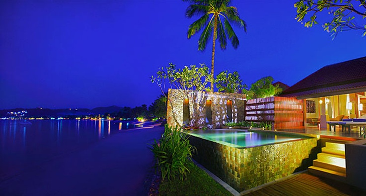 The private pool outside the suite at night