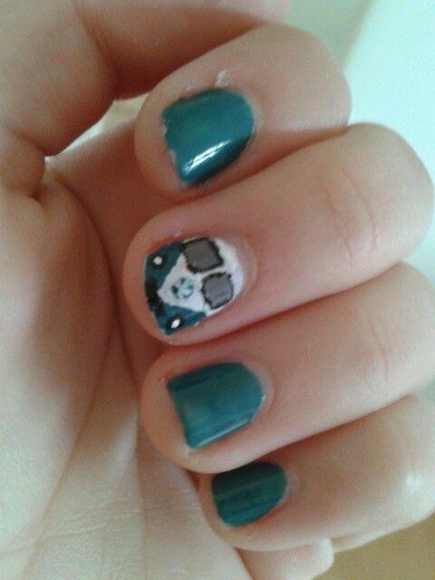 Kombi nail! by Antonia Gonzalez