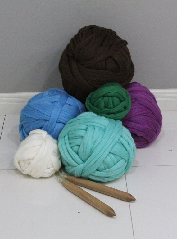 Chunky Wool Yarn for Knitting Chunky Blankets, Cowls, Scarfs and Pillows Wool…