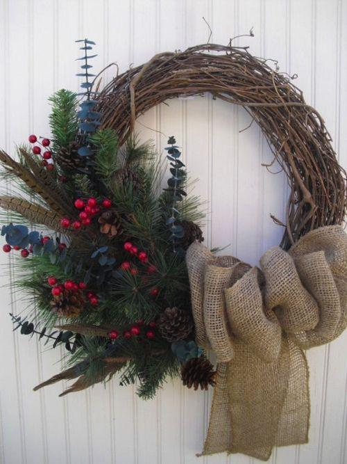 Oltre 25 fantastiche idee su ghirlande su pinterest - Corone natalizie da appendere alla porta ...