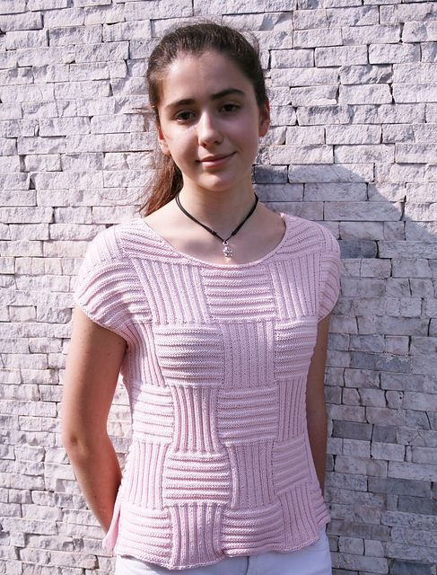 Ravelry: ML189 Just One Of Those Tops pattern by Maddy Cranley