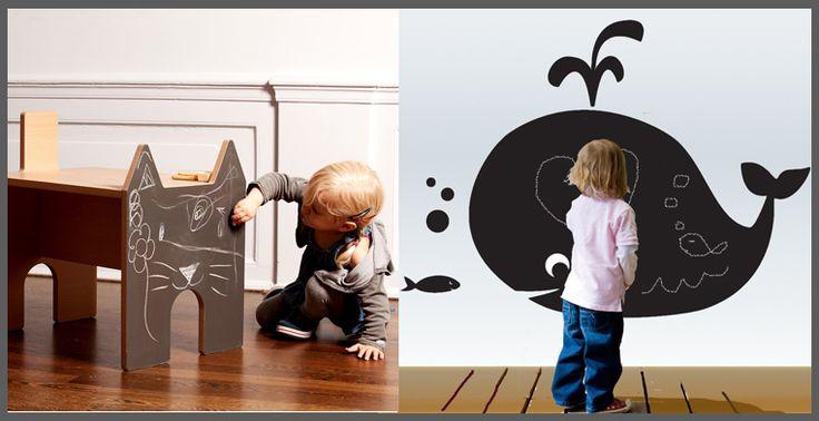 """I nostri """"piccoli"""" vogliono sempre disegnare... creiamo uno spazio con la #Pittura Lavagna e lasciamoli liberi di esprimersi! :)"""