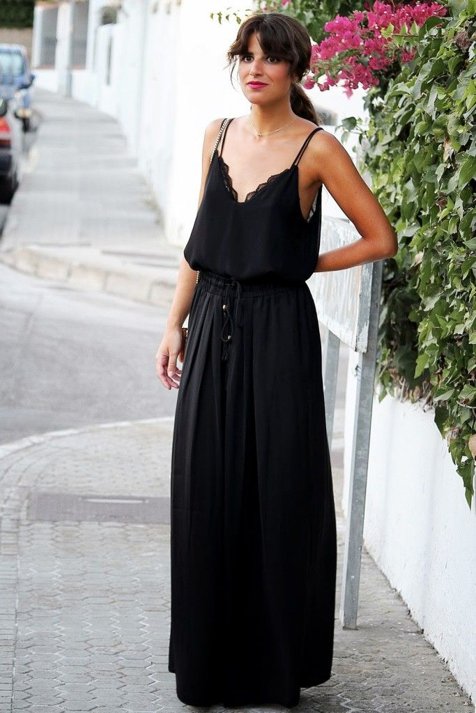 How to wear a black maxi dress in summer