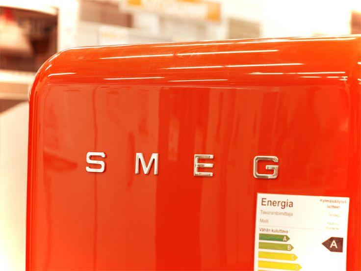Smegin retro-jääkaapit ovat todella suosittuja ja värivaihtoehtoja löytyy useita! #expertfi #smeg