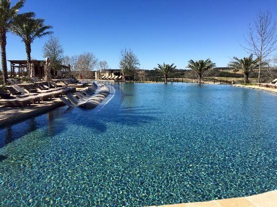 Book La Cantera Hill Country Resort, San Antonio on TripAdvisor: See 1,494 traveler reviews, 533 candid photos, and great deals for La Cantera Hill Country Resort, ranked #41 of 353 hotels in San Antonio and rated 4.5 of 5 at TripAdvisor.