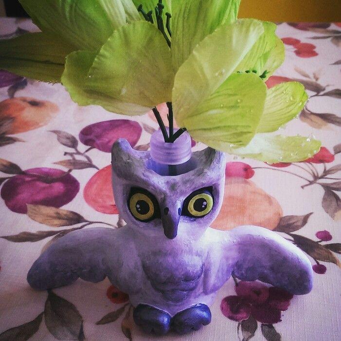Vase hibou décoratif en argile avec pipette pour fleur