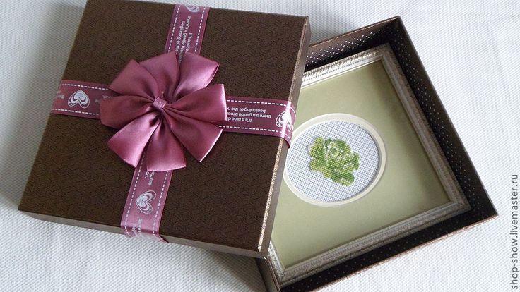 Купить Вышитое панно Зеленая роза - зеленый, роза, подарок, Вышивка крестом, оформление стен