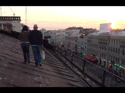 Walking the Roofs of St. Petersburg - YouTube