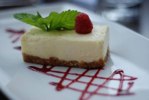 Secret White Chocolate Cheesecake recept | Smulweb.nl
