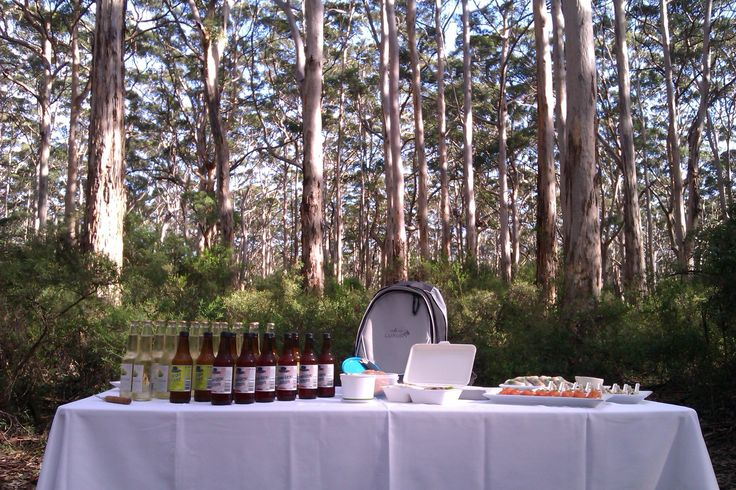Canapés in Boranup forest #walkintoluxury