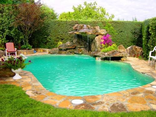 Cascadas para piscinas imagui mi futura casa for Como hacer una pileta en el jardin