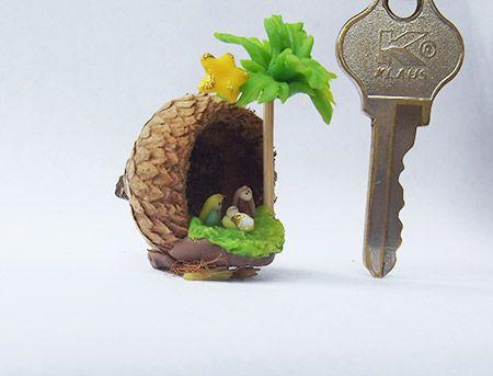 Pesebre miniatura en semilla