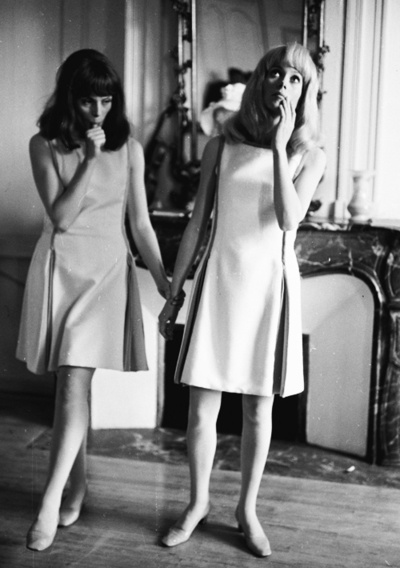 Françoise Dorléac and Catherine Deneuve on the set of Les Demoiselles de Rochefort (1967)
