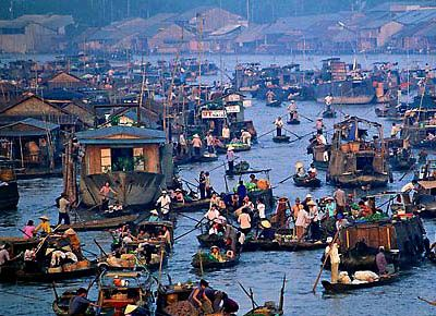 Ho Chi Minh City, Vietnam _ Mekong delta - Cai Be Floating Market