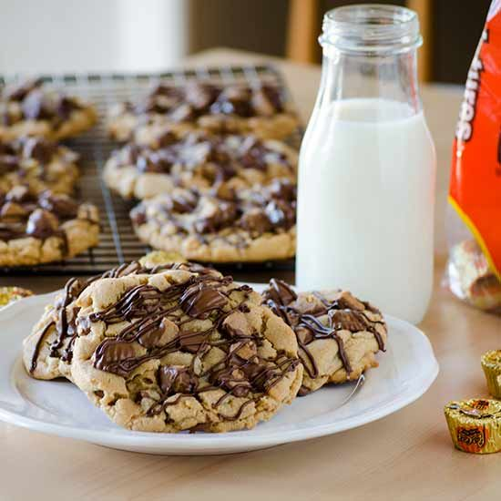 REESE'S Slam Dunk Peanut Butter Cookies and REESE'S Baking Bracket - Real Mom Kitchen