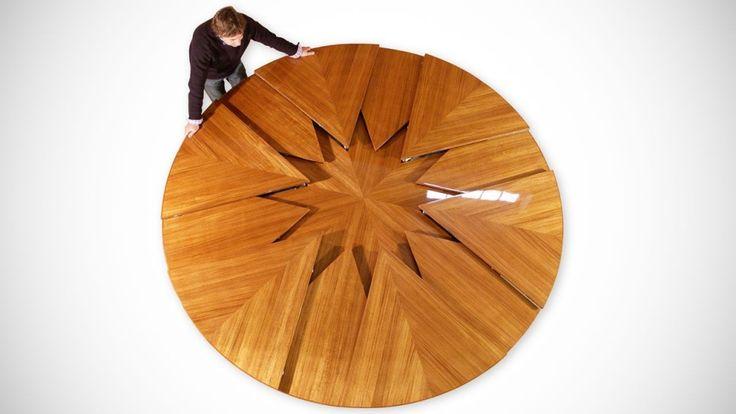 Design originale di grande genialità. Il tavolo espandibile: Fletcher Capstan Table.