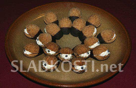 Ořechové mušličky s krémem