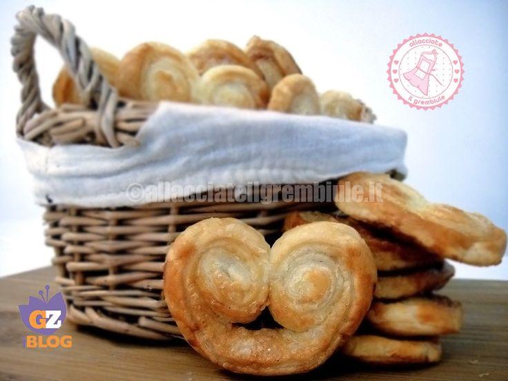 Le prussiane ventagli di sfoglia e cannella sono biscotti velocissimi e buonissimi e potrete personalizzarli come volete.