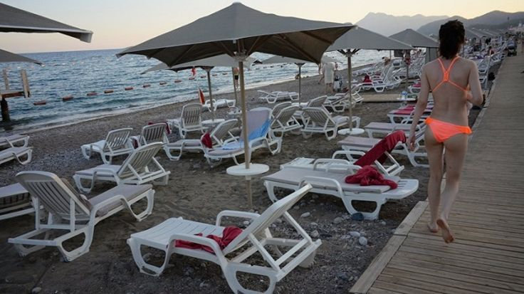 Some 1,300 hotels have been put up for sale in various Turkish resorts as economic problems, terrori