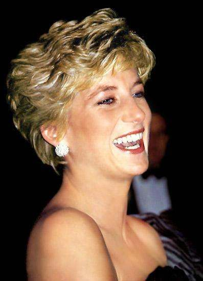This is one of my favorite pictures of Princess Diana.  She looks so happy and unguarded.