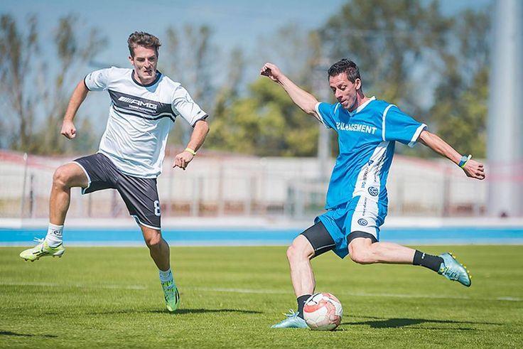 Best football actions at @slovenskefiremnehry 2017 . . . .  #football #defense #offense #running #field #football #skills #soccer #footballskills #sportovyfotograf #reportaz #fotografnaeventy #magastudiosk
